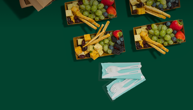 Snack boxes with fruit and cheese